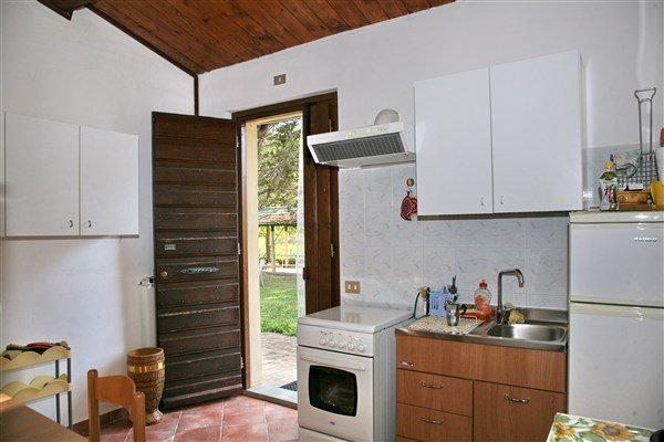 <strong>Apartment MARGHERITA</strong><br/>floor Ground , Indipendent entrance, 3 beds<br/>Heating<br/> Surface Mq 28